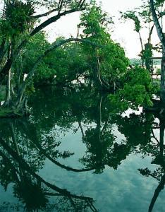 Фото города Рио Дульсе Гватемала