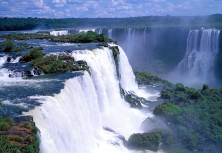 Фото страны Бразилия - Водопад Игуасу.